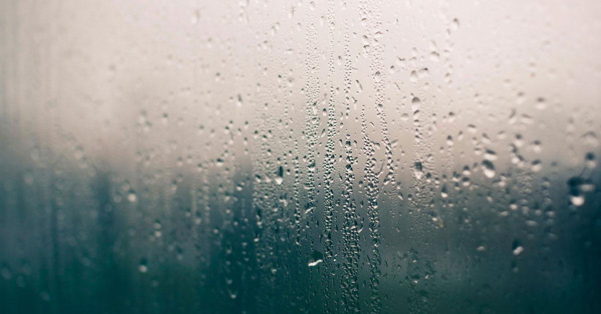 Почему пластиковые окна запотевают