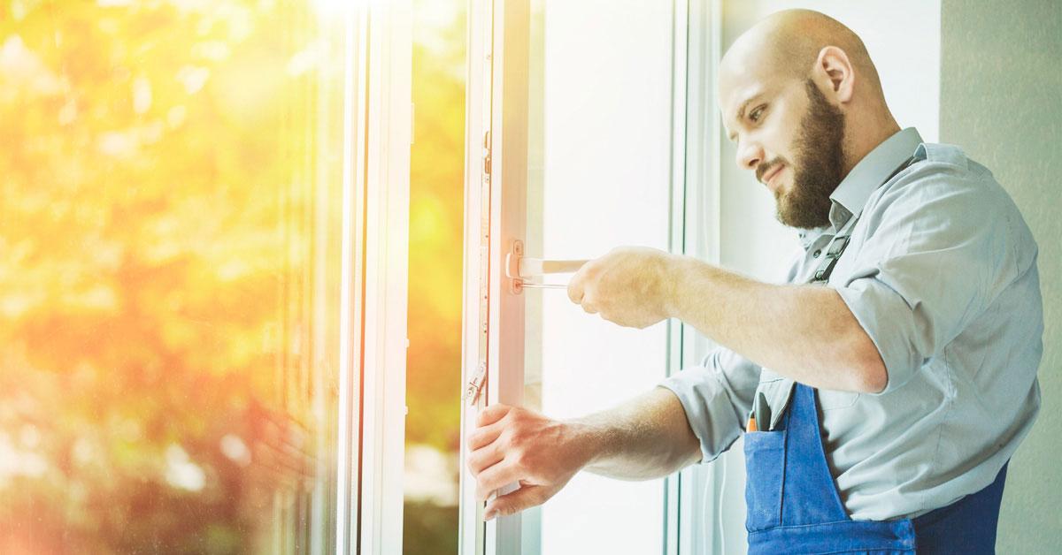 Что делать если окно или дверь плохо закрывается. Практические советы