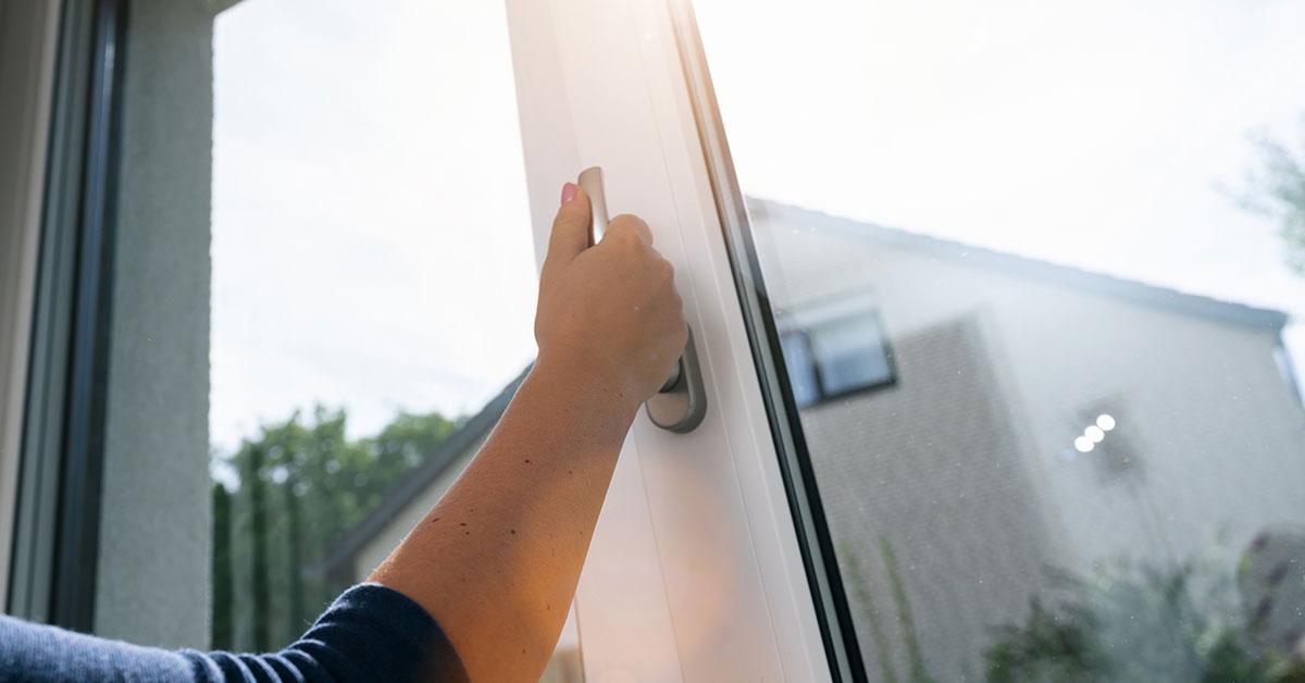 Фурнітура для пластикових вікон