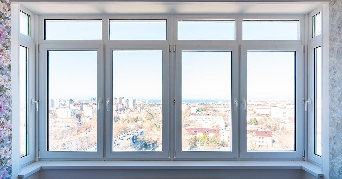 Металлопластиковые окна и двери с фрамугой: когда стоит заказать именно их